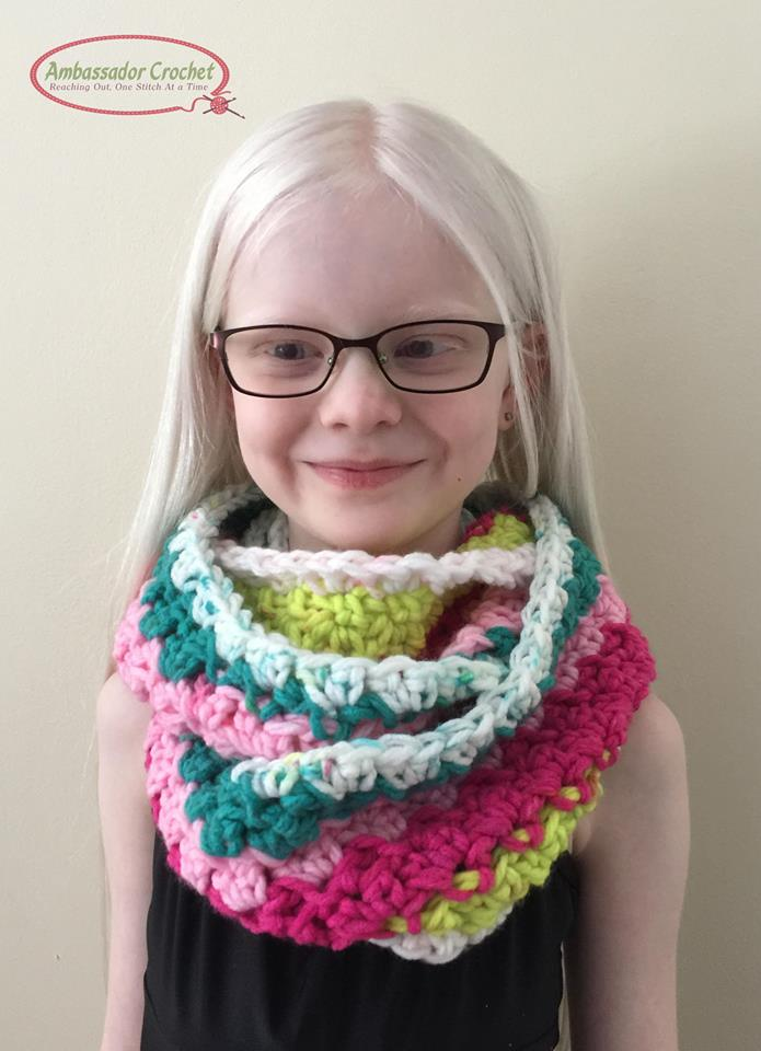 Unicorn Tracks Infinity Scarf crochet pattern